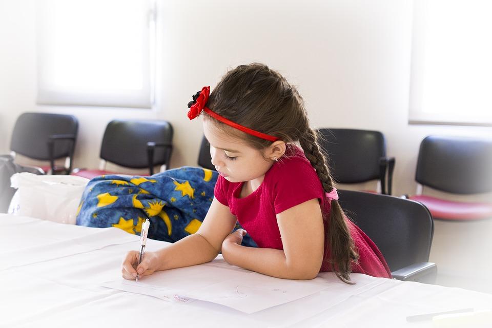 Kredki bambino – najlepszy sposób na rozwijanie wyobraźni dziecka