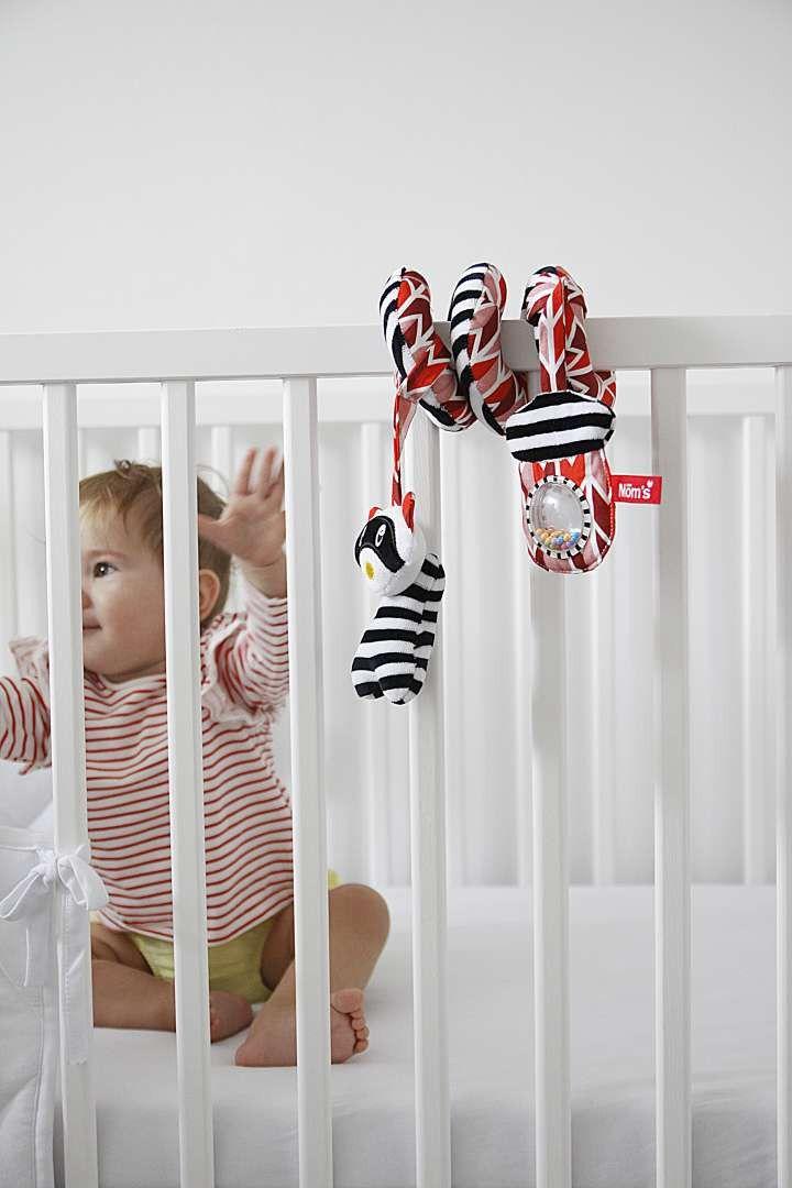 Zabawki sensoryczne – przedmioty, które można udostępnić dzieciom na każdym etapie ich rozwoju